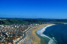 feature-nazare-832x468-227x150